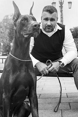 Nyakas Gábor Kutyakiképző, kutyatréner